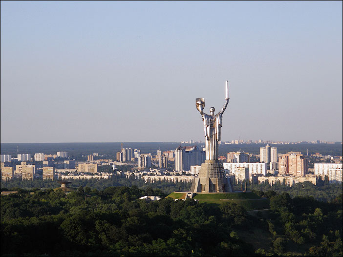 Motherland monument (picture 2)