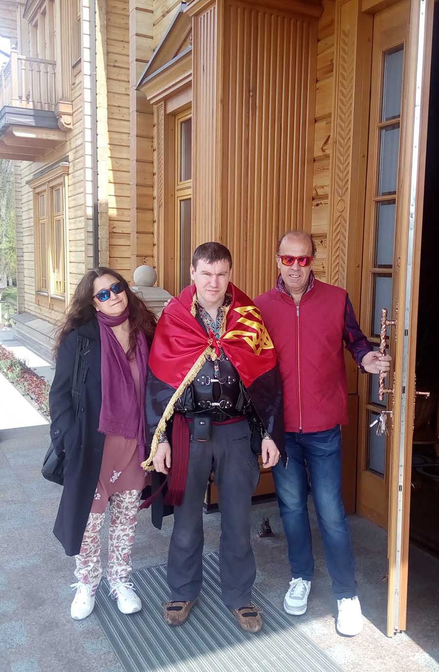 Mezhyhirya residence tour with private guide Dmitriy