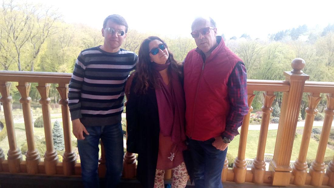 Mezhyhirya residence tour with private guide Dmitriy